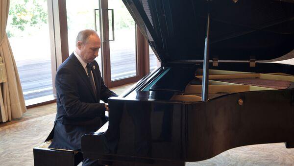 Ruský president Vladimir Putin - Sputnik Česká republika