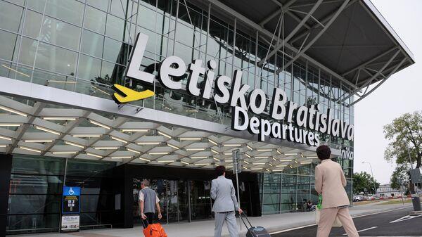 Bratislavské letiště - Sputnik Česká republika