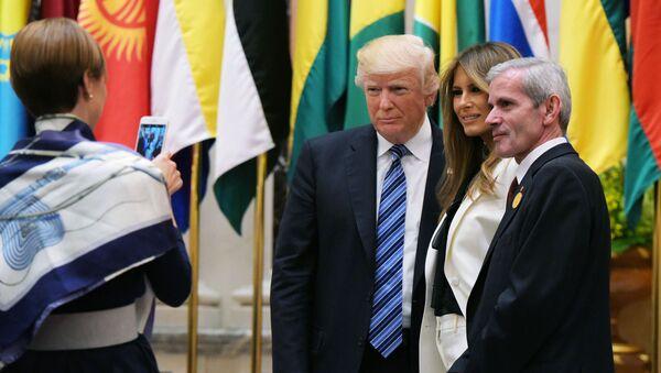 Prezident Donald Trump s manželkou během návštěvy Saúdské Arábie - Sputnik Česká republika