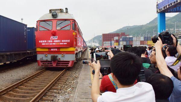 Čínský vlak mířící do Běloruska - Sputnik Česká republika