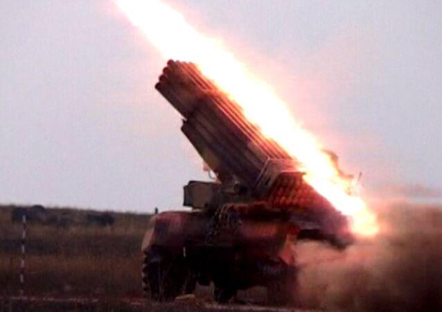 Syrská armáda vytěsnila bojovníky Islámského státu z vojenské základny