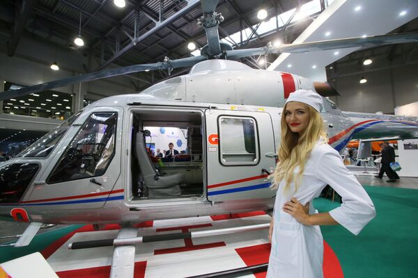 HeliRussia 2017: elektromobil, kvadrokoptéra a nový Ansat - Sputnik Česká republika