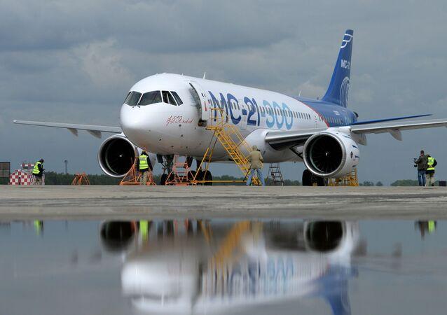 Nové ruské dopravní letadlo MS-21