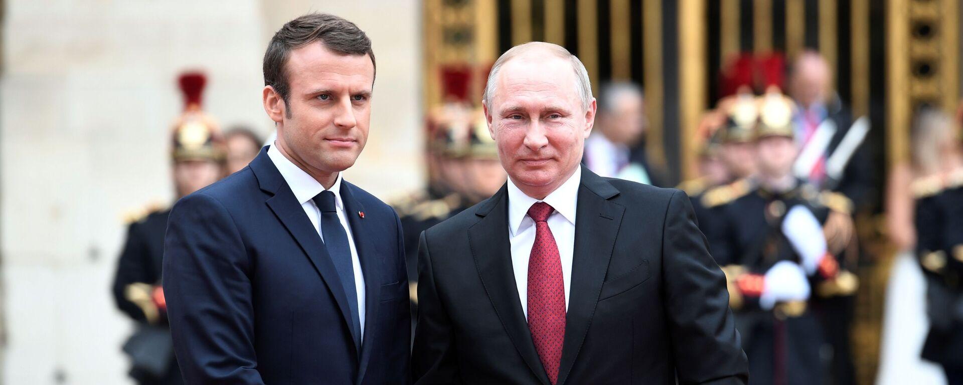 Prezidenti Ruska a Francie Vladimir Putin a Emmanuel Macron - Sputnik Česká republika, 1920, 26.04.2021