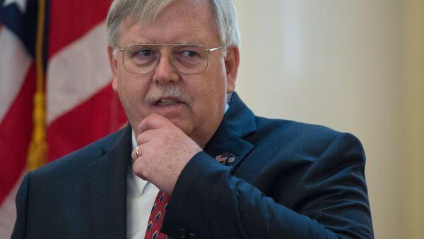 Velvyslanec USA v RF John Tefft - Sputnik Česká republika