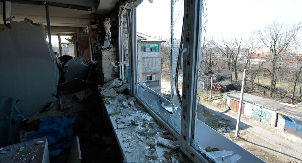 Následky ostřelování obce Doněck-Severnyj