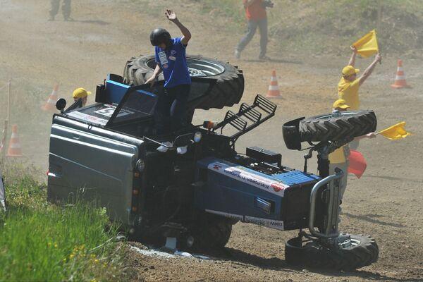 Traktorové závody Bizon-Track-Show - Sputnik Česká republika