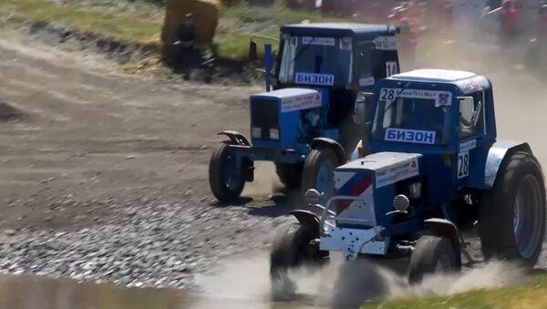 Ruská traktorová soutěž Bizon Track Show - Sputnik Česká republika
