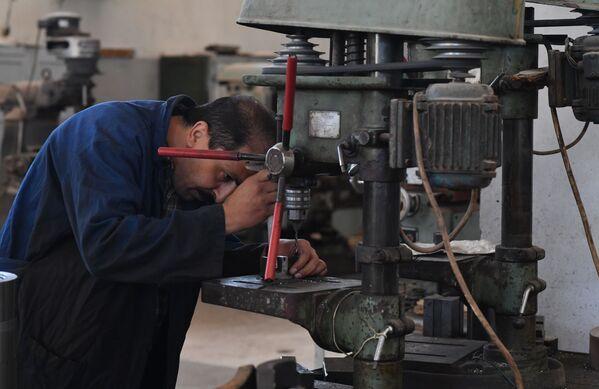 Závod na výrobu nábojů v Sýrii - Sputnik Česká republika