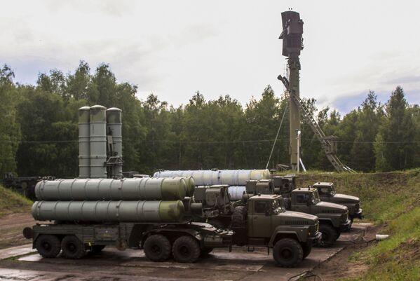 S-300 zahájily cvičení - Sputnik Česká republika
