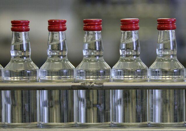 Láhve s vodkou
