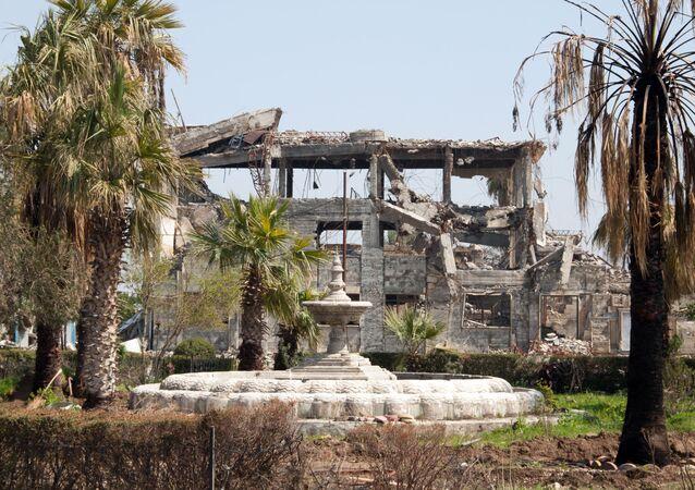 Zničené budovy v Mosulu