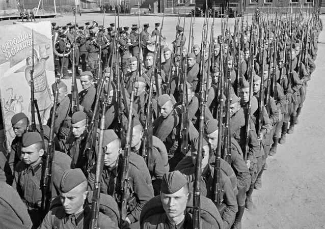 Druhá světová válka. 23. června 1941