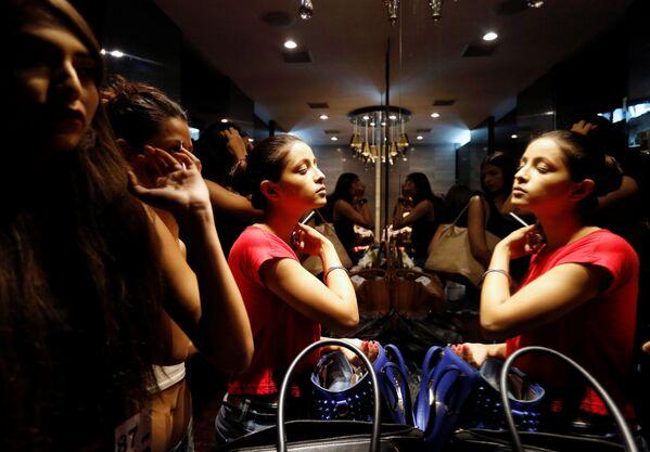 Jak se vybírají modelky pro Týden módy v Bombaji - Sputnik Česká republika