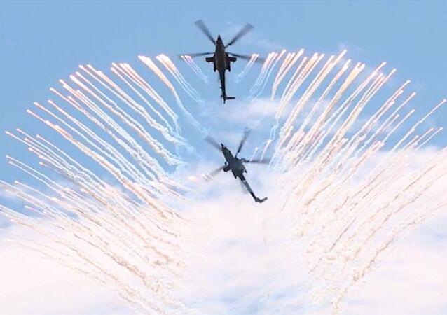 Lety s bojovými ukázkami: Aviadarts 2017 ve Voroněži. Video