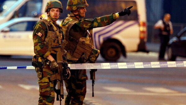 Belgičtí vojáci na místě teroristického útoku v Bruselu - Sputnik Česká republika