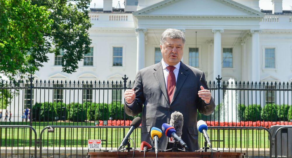 Petro Porošenko na pozadí Bílého domu