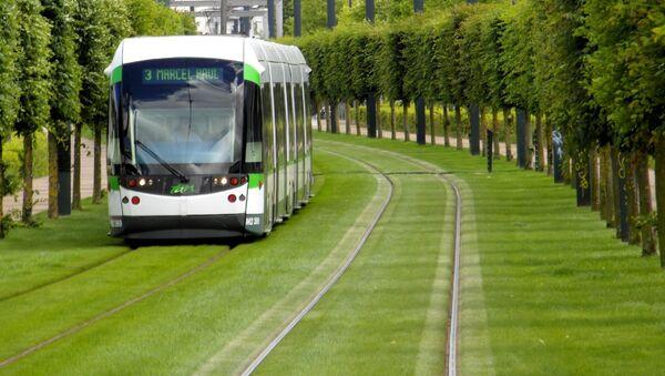 Tramvaj ve francouzském městě Nantes - Sputnik Česká republika