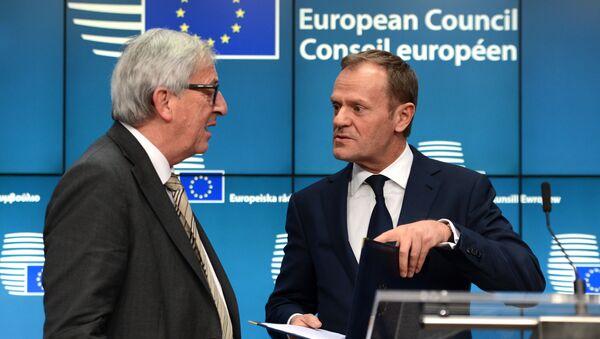 Prezident Evropské rady Donald Tusk a prezident Evroské komise Jean-Claude Juncker - Sputnik Česká republika