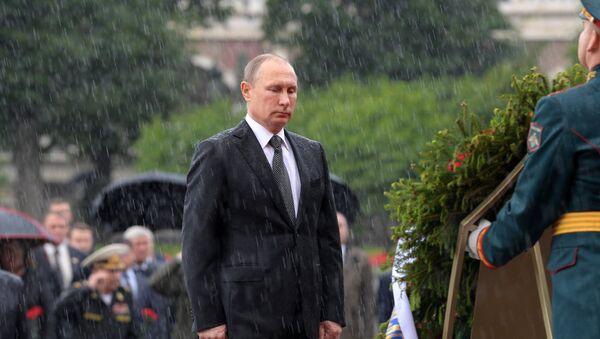 Pokládání věnců ke Hrobu Neznámého vojína - Sputnik Česká republika