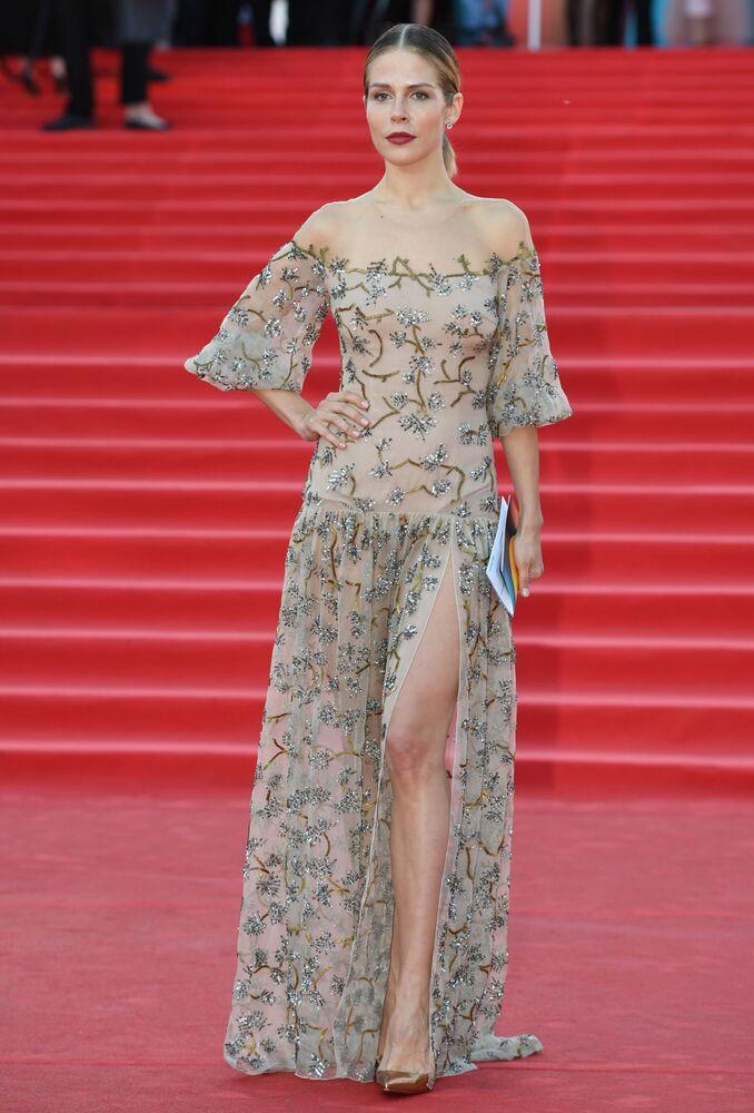 Herečka Marusja Zykovová během slavnostního zahájení Moskevského mezinárodního filmového festivalu