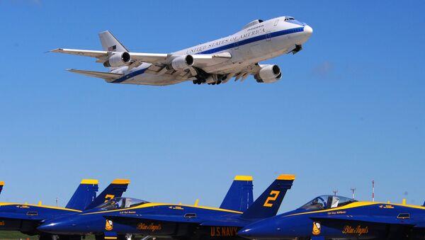 Letadlo E4-B Boeing 747s - Sputnik Česká republika