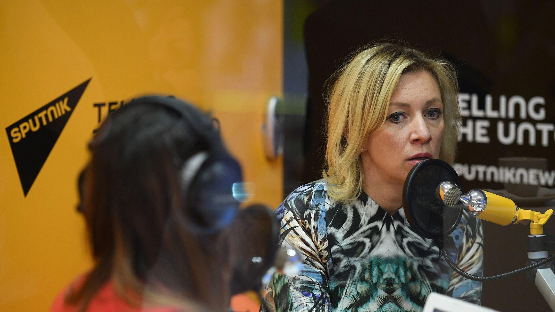 Mluvčí ruské diplomacie Maria Zacharovová dává interview Sputniku - Sputnik Česká republika, 1920, 20.07.2021