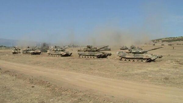 Uganda má ve výzbroji ruské tanky T-90 (Ilustrační foto) - Sputnik Česká republika