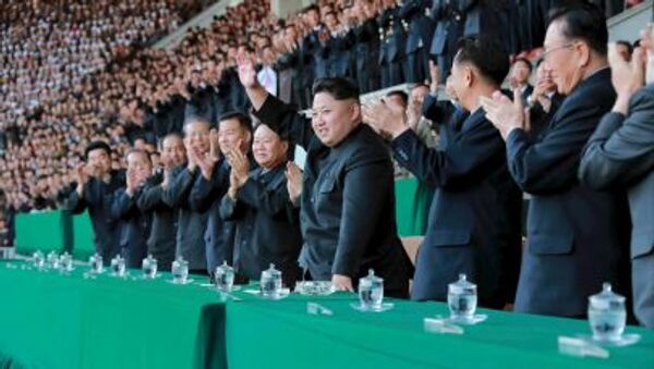 Vůdce Severní Koreje Kim Čong-un na fotbalovém utkání - Sputnik Česká republika