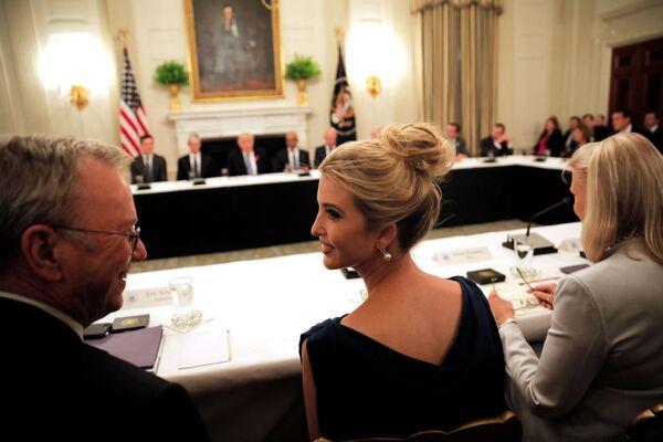 Ivanka Trumpová na American Technology Council ve Washingtonu - Sputnik Česká republika