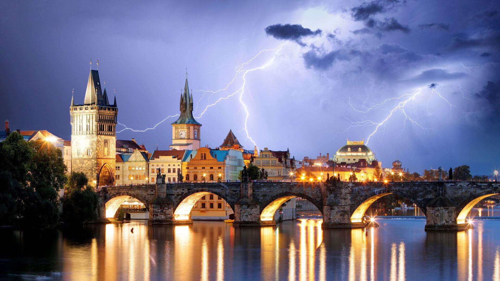 Praha během bouřky - Sputnik Česká republika, 1920, 11.06.2021