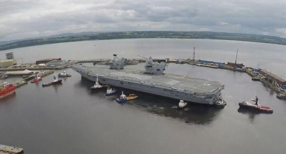 Britská letadlová loď Queen Elizabeth vyplula na první plavbu. Ilustrační foto