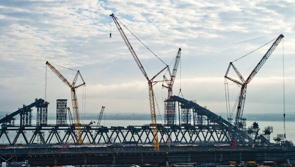 Stavba mostu na Krym - Sputnik Česká republika