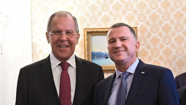 Ruský ministr zahraničních věcí Sergej Lavrov a izraelský předseda Knesetu Juli-Joel Edelstein - Sputnik Česká republika