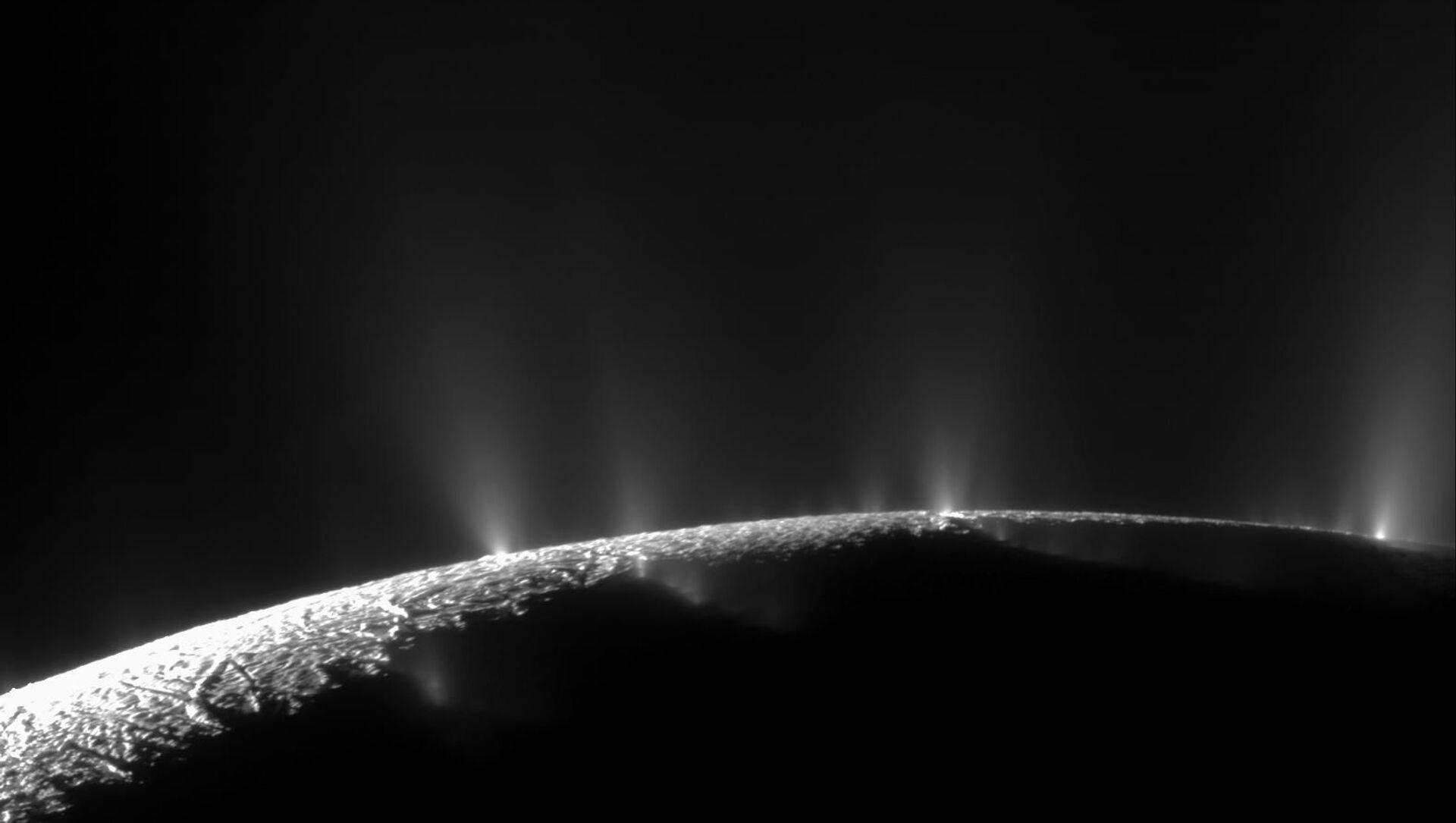 Enceladus - Sputnik Česká republika, 1920, 26.03.2021