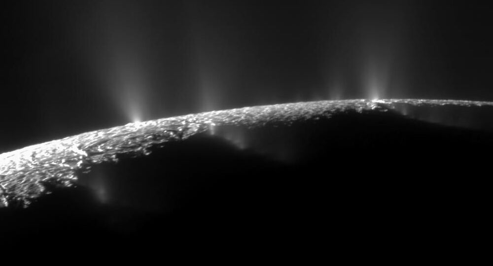 Měsíc Saturna Encelad