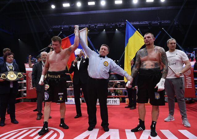 Ruský boxer supertěžké váhy Alexandr Povětkin porazil Ukrajince Andreje Ruděnka v boji o tituly WBO International a WBA Inter-Continental