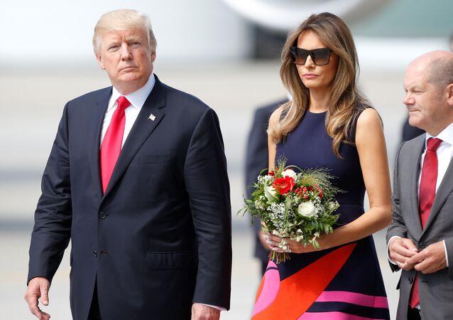 Americký prezident Donald Trump s manželkou v Hamburku