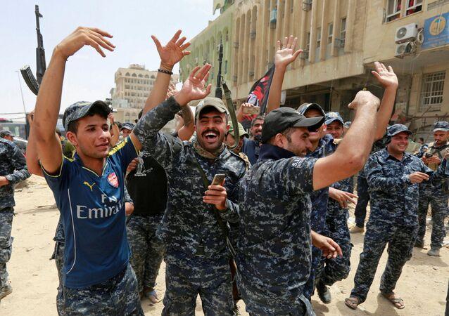 Oslavy osvobození Mosulu od IS