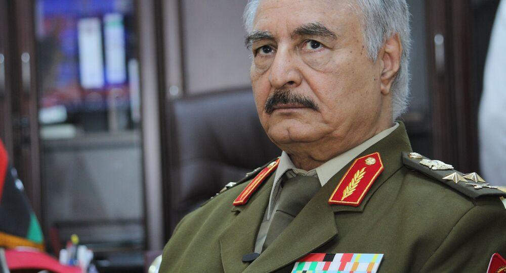Vůdce Libyjské národní armády maršál Chalífa Haftar