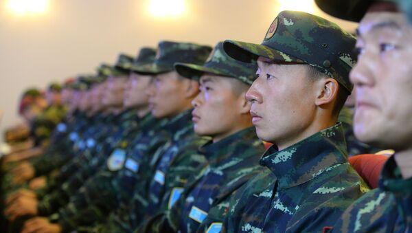 Čínská vojenská policie - Sputnik Česká republika