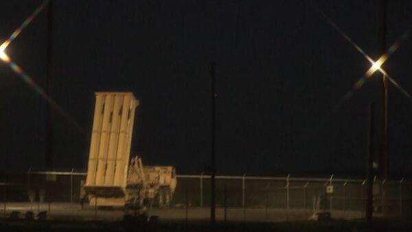 USA úspěšně vyzkoušely systém PRO THAAD na Aljašce. Video - Sputnik Česká republika