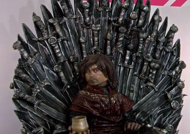 Fanouškům Hry o trůny uvádíme: dort s Tyrionem Lannisterem