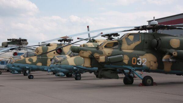 Vrtulníky Mi-28 a Mi-24 - Sputnik Česká republika