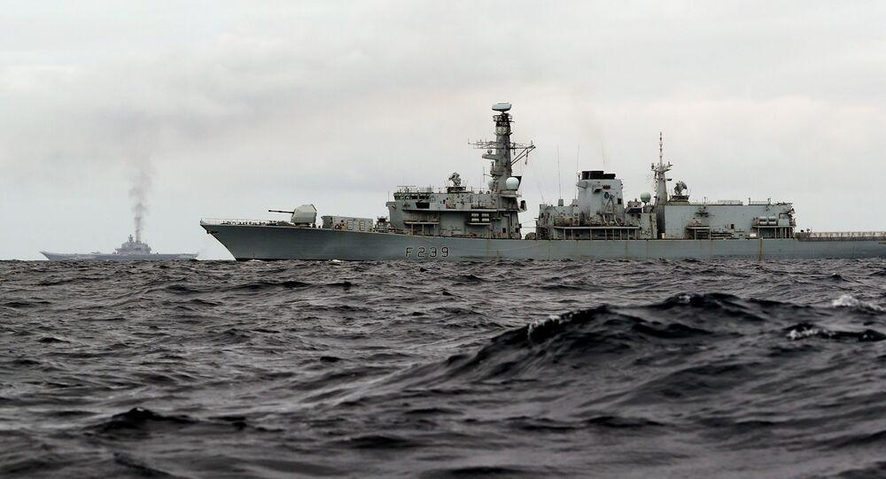 Britská fregata HMS Richmond
