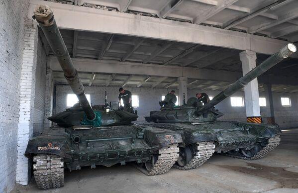 Rozlosování Tankového biatlonu: cizinci si zvykají na Alabino - Sputnik Česká republika