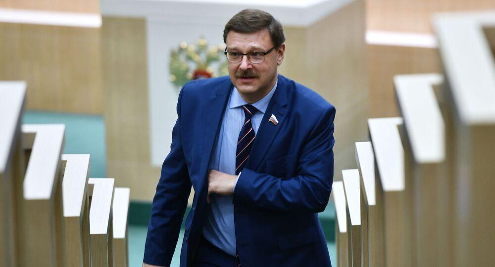 Šéf výboru Rady federace pro mezinárodní záležitosti Konstantin Kosačev