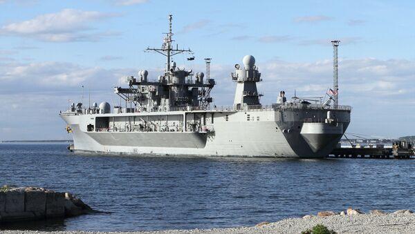 Vlajková loď americké šesté flotily Mount Whitney - Sputnik Česká republika