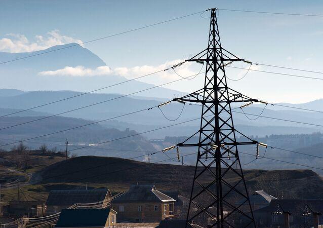 Elektrické vedení v obci Malinovka na Krymu. Ilustrační foto