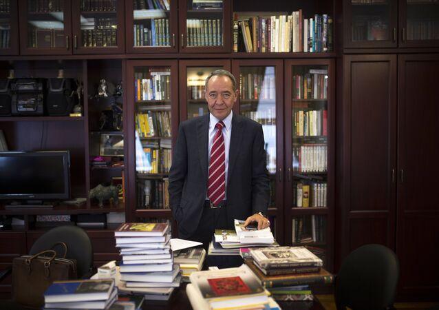 Rusko exministr tisku Michail Lesin
